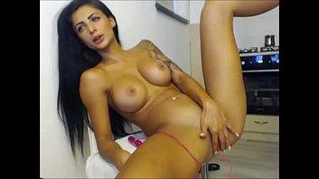 caught girl masturbating close Webcam mom walk in