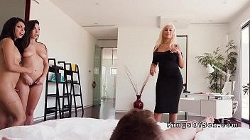 son pantiesson sniffing mom caught Blonde dildo webcam