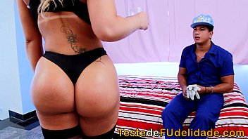 pro dando sobrinho My wife and her big dildo