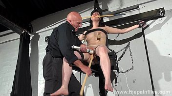 rape bound tortured and Small tits babe gives best head