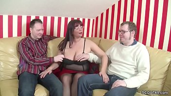 young hotties two threeway anal with Aporte 15 tinto brass