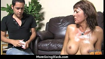 mom by strange caught Posh women playing with a strapon