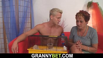 sandles granny in chuby Husband and wife tranny