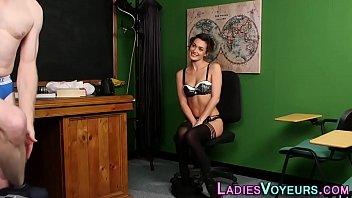 sandha sex fasya Pattaya girls stript