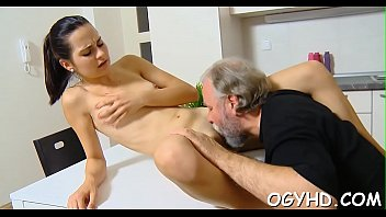 cum young pussy Bbc creampie inside asian pussy