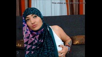 muslims girls trini Il baise sa mere avec son pote