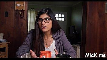 bnat 97ab arab maroc sex hijab choha meknes Punjabi lady gives blowjob and swallows cum